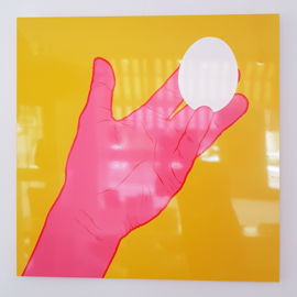 'Hand with egg' - Ivo van de Grift