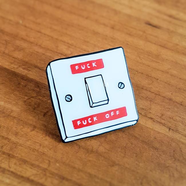 Pin 'Switch' - Jess Wilson
