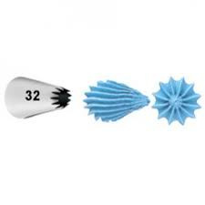 Wilton Decorating Tip #032  Std Closed Star