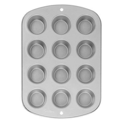 Wilton Recipe Right® 12 Cup Muffin Pan