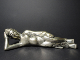 Boeddha Brons verzilverd beeld Liggende of reclining Het Nirvana