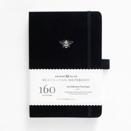 Archer & Olive bulletjournal/Notitieboek B5 17,5 x 25 cm- 160 pagina's wit, zwart en kraft - Dotted - Silver Bee Limited Edition Neapolitan