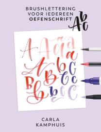 Brushlettering voor iedereen - Oefenschrift ABC - Carla Kamphuis