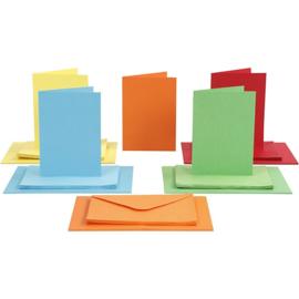 CARD MAKING dubbele blanco Kaarten 10,5 x 15 cm & enveloppen - Blauw, Geel, Groen, Oranje, Rood papier - set van 50