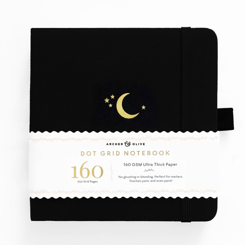 Archer & Olive bulletjournal/Notitieboek 20,3 x 20,3 cm - 160 pagina's - Dotted - Crescent Moon