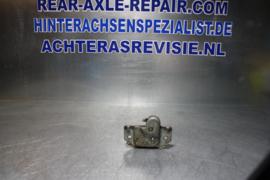 Kofferbak vergrendeling Opel Kadett B, gebruikt.