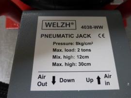 "Welzh 2 tons ""Airjack"" luchtkrik."