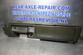 Dashboard gedeelte onderzijde Opel Ascona B, Manta B, grijs.
