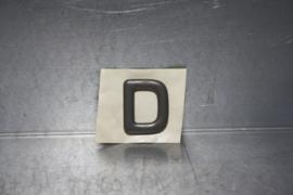 """Embleem Opel Kadett, aanduiding """"D"""". Nieuw!"""