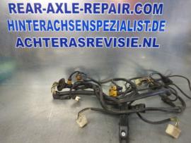 Kabelset Opel 6 cilinder, gebruikt.