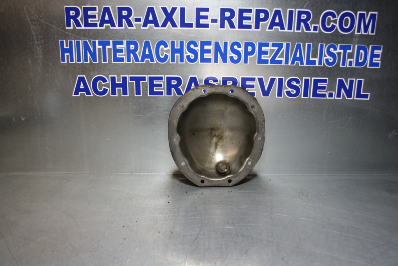 Cover for rear axle with loop, CIH Opel