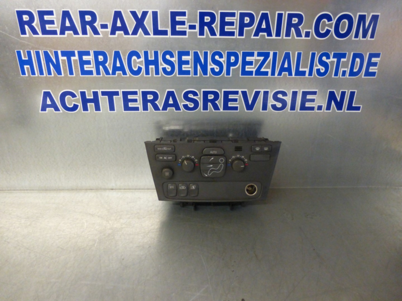 Volvo S60 / V70 / S70  operational panel for heater and AC