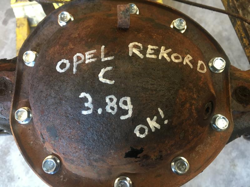 Achteras Rekord C 3.89