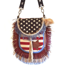 Crossbody American flag with fringes and jeans