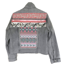 Embellished denim jacket Aztec style light grey with pink