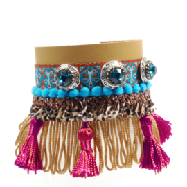 Ibiza fringe bracelet made of leather and trims with Swarovski Crystals
