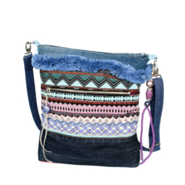 Crossbody Aztec style in blue with old jeans
