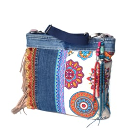 Crossbody bag Ibiza style with jeans and fringes