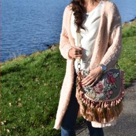 Hippie schoudertas met bloemenpatch en franje