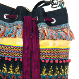 Bucket bag in Mexican colored Aztec style