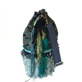 Bucket bag turquoise blue with fake fur