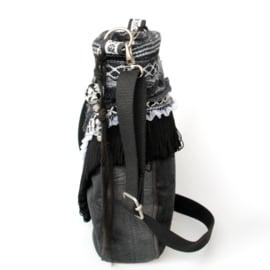 Schoudertas zwart wit western stijl met concho