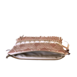 Clutch beach style  with shells in old pink