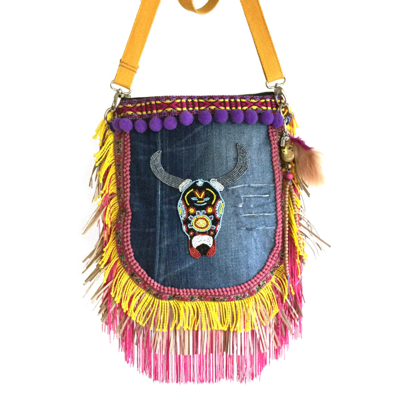 Ibiza crossbody colored with bull and fringes