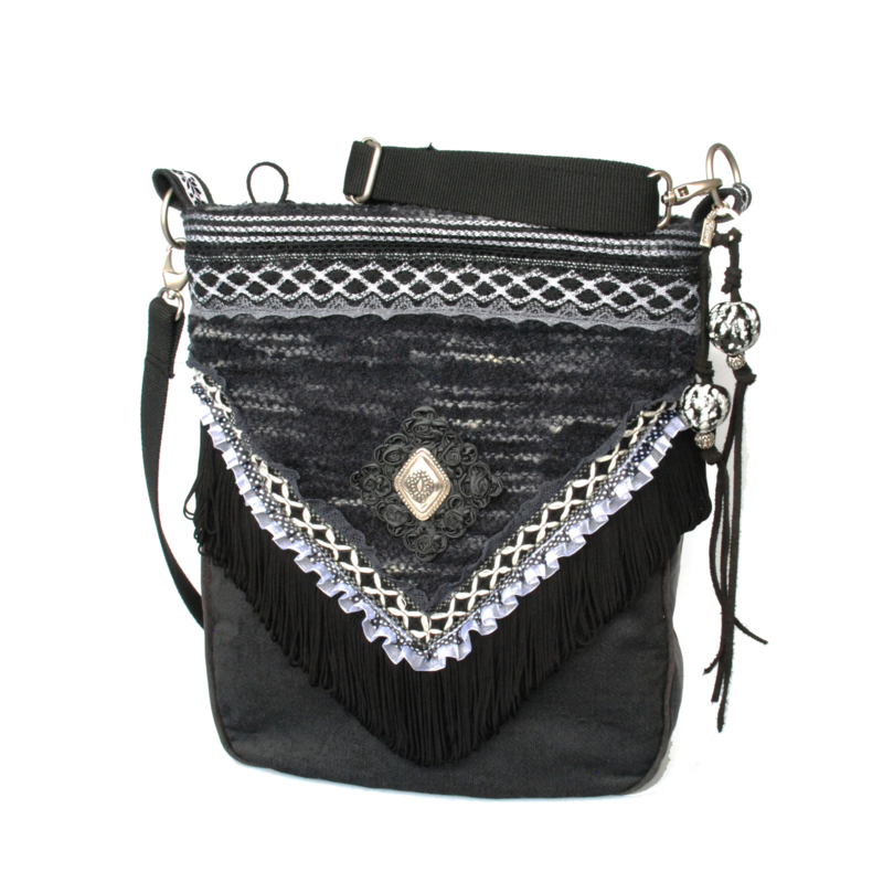Western crossbody bag black white with concho