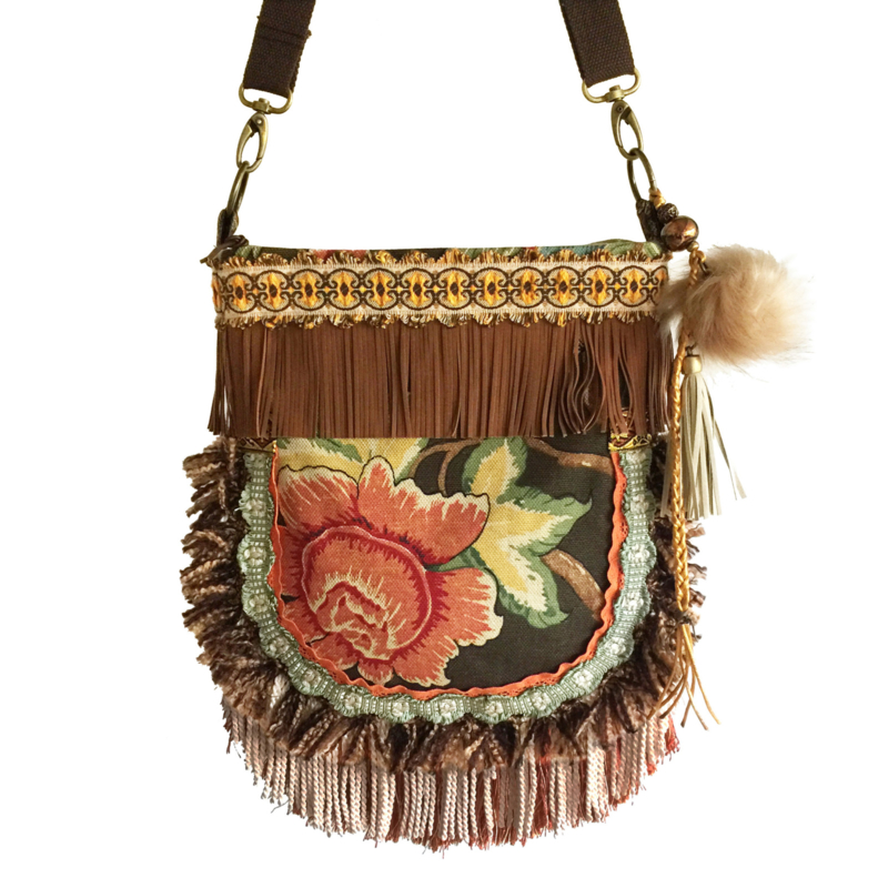 Crossbody roses vintage style in brown and orange