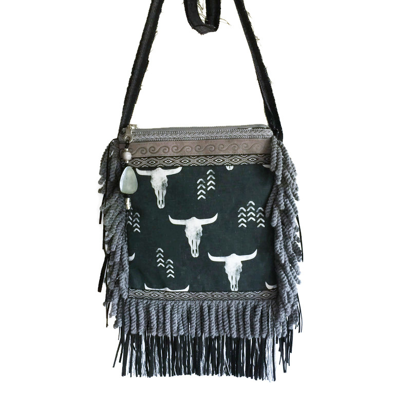 Festival purse bull heads black grey with fringe