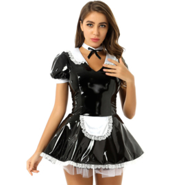 Lakleer maid jurkje