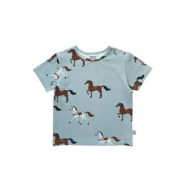 T - SHIRT // HORSES