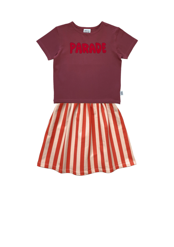 PURPLE PARADE T-SHIRT + STRIPE LONG SKIRT
