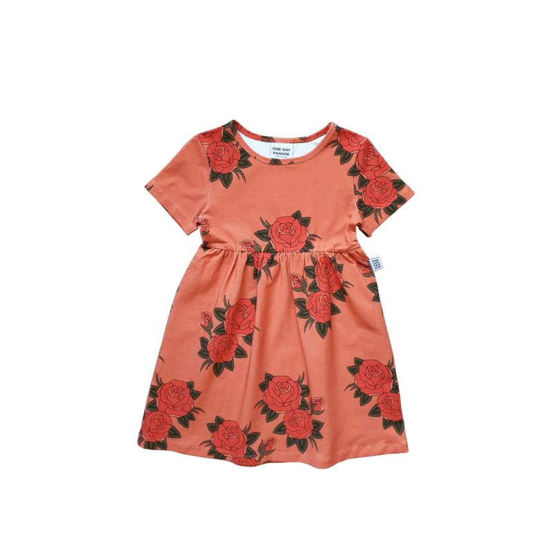 BASIC DRESS // PINK ROSES