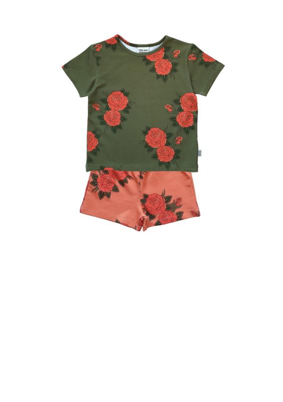 GREEN ROSES T-SHIRT + PINK ROSES SHORTS
