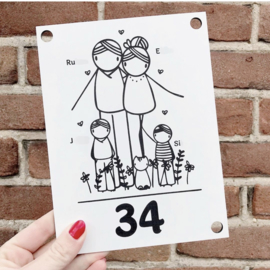Huisnummerbord: voornamen en huisnummer