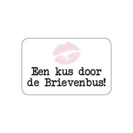 Sluitsticker_ Een kus door de brievenbus