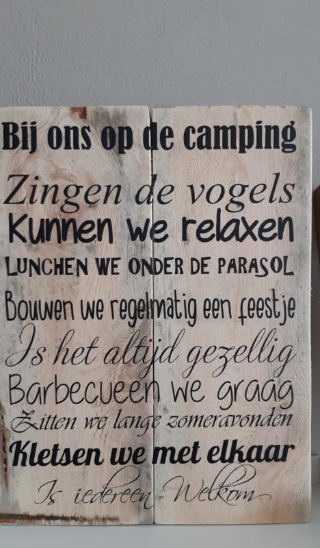 """ Bij ons op de camping "" bord steigerhout"
