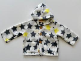 Fleece jasje wit met gele en grijze sterren en capuchon