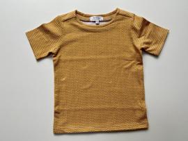 Tricot/stretch shirtje mosterd met ecru driehoekjes
