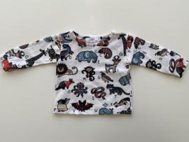 Tricot/stretch shirtje wit met dieren.