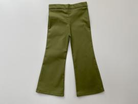 Flared broekje groen