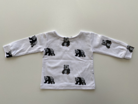 Tricot/stretch shirtje wit met pandabeertjes.