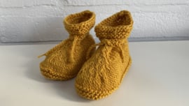Babyslofjes mosterdgeel