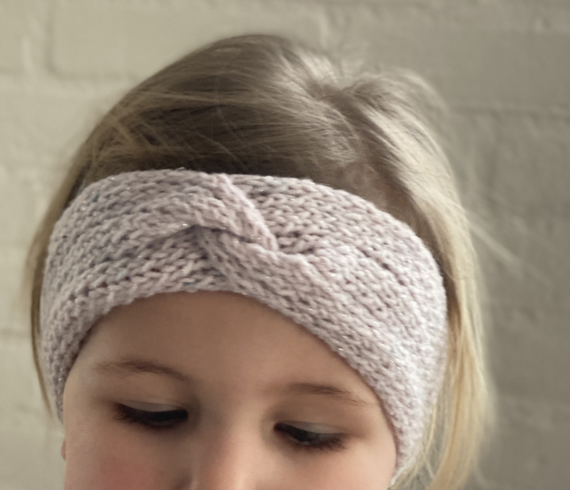 Haarband hoofdband twisted  hand gebreid