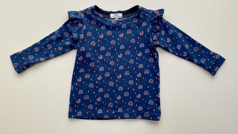 Shirtje Tricot/stretch blauw met ruffles met regenboogjes