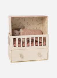 Maileg | Baby Room Pink with Micro Bunny