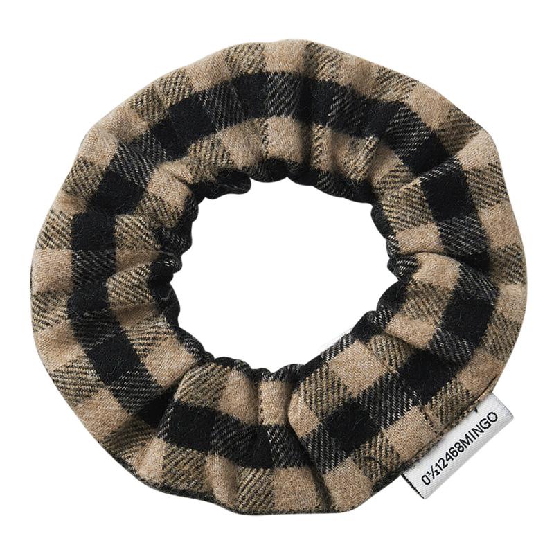 Mingo | Flannel Checked Scrunchie | Caramel / Black