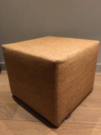 Kurken poef  (45cm*45cm*50cm H)